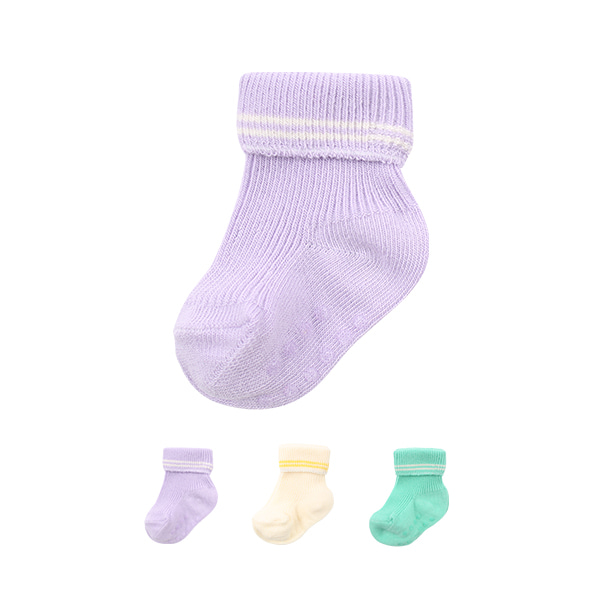 Newborn stripe socks set